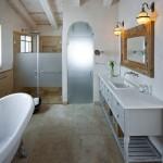 Bathroom-IMG_2242