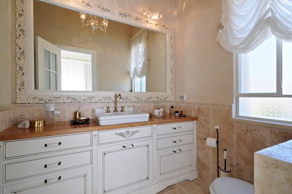 French-Style-bathroom-3
