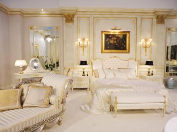 Luxury-gold-bedroom